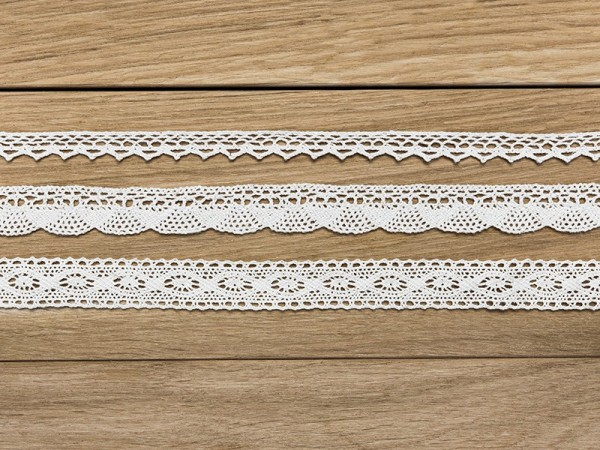 3 lace gift ribbons white 1.5m