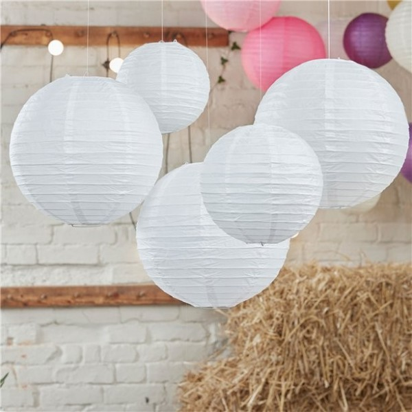 5 white candy lanterns