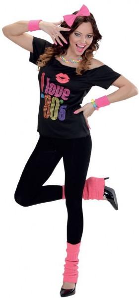 Różowa punkowa dziewczyna z lat 80