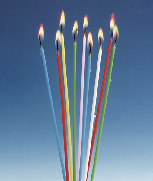 18 velas de pastel de espagueti de colores Celebration 20cm