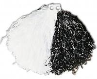 Pompon in Schwarz-Weiß