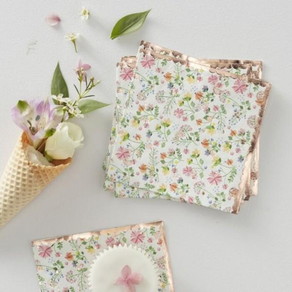 16 Wild Flower napkins 24cm