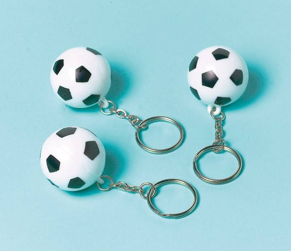 12 breloczków piłkarskich