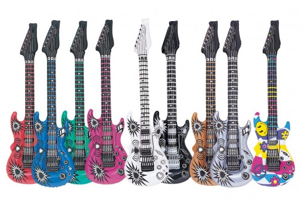 Aufblasbare Gitarre
