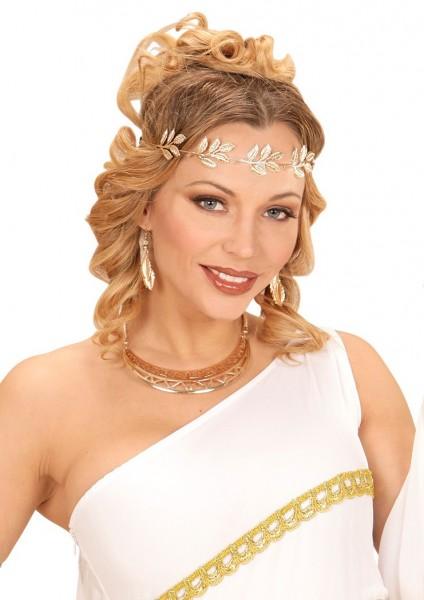 Goldene Halskette Im Römischen Look