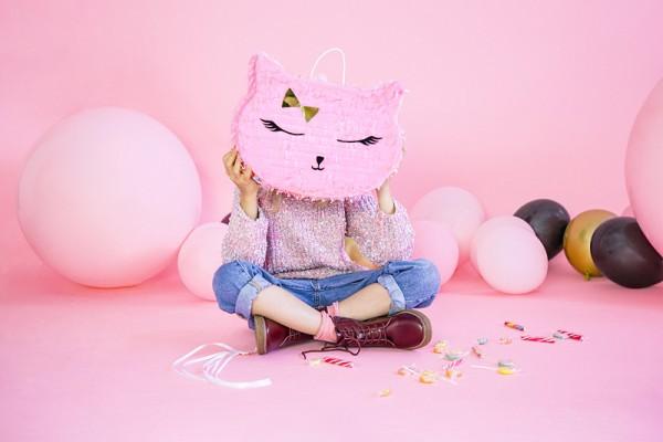 Cat Kiki Pinata 35 x 27 x 9cm