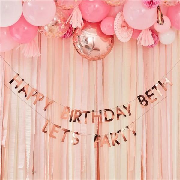 DIY Rosy Birthday Girlande