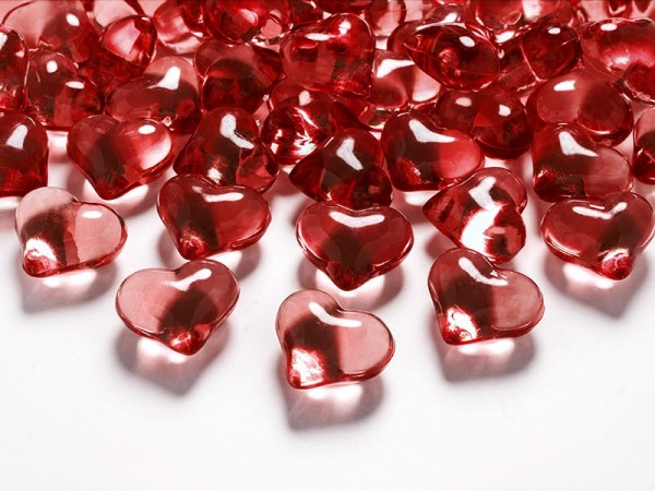 30 Crystal Confetti Hearts Red