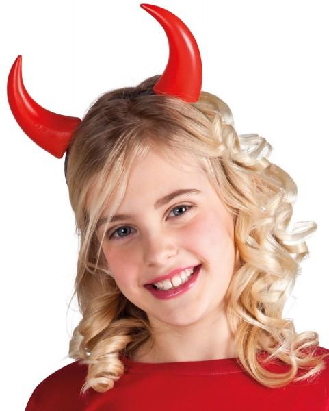 Klassiske røde djævelkorn til børn