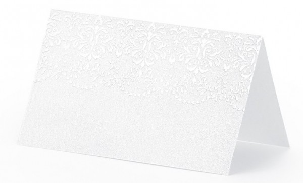 10 place cards with pearl-colored ornaments