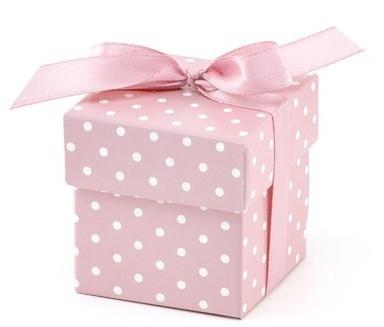 10 coffrets cadeaux pointillés