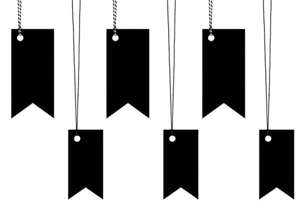 6 black flags gift tags