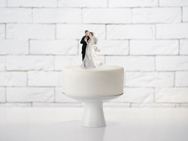 Bridal couple in love cake decoration 11cm