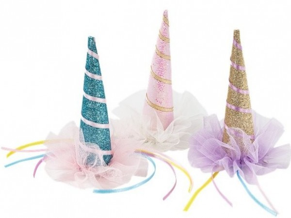 1 unicorn party hat to clip on