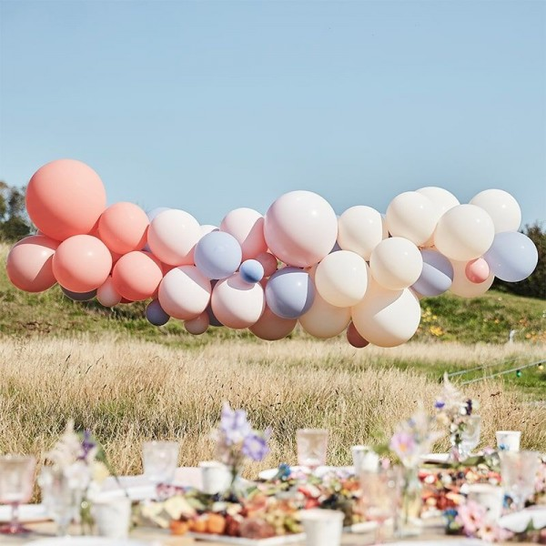 Balonowa girlanda ślubna Boho