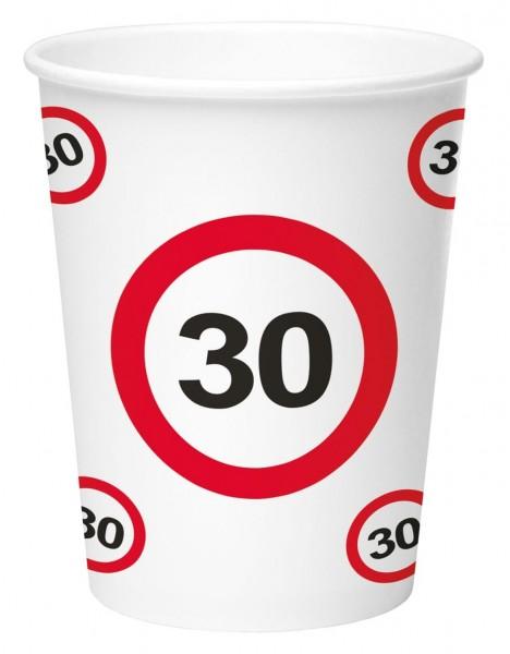 8 trafikskilt 30 papirkopper 350 ml