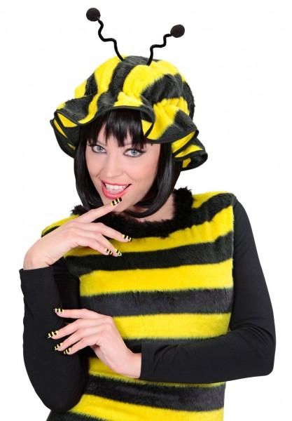 Fingernägel Mit Bienenmuster