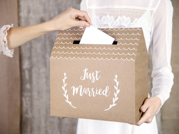Caja para tarjetas de la casa Just Married