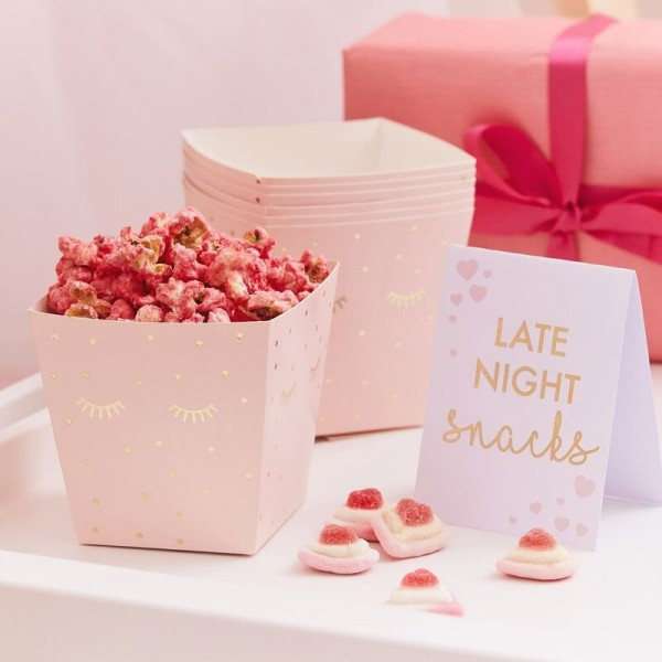 8 Pamper Party Snack Boxen & Schild