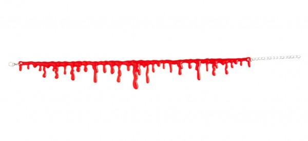 Blutige Halskette