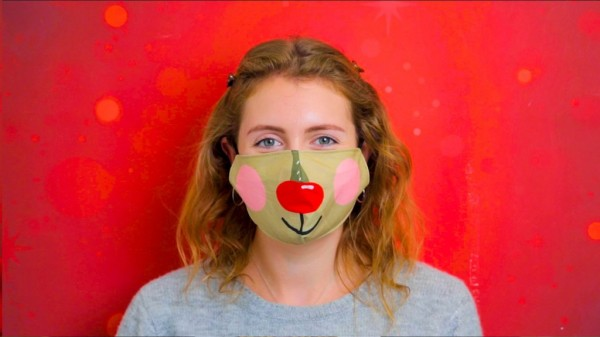 Mouth and nose mask reindeer