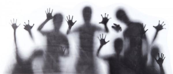 Unheimliche Schattengeister Deko Auflkeber 78 x 35cm