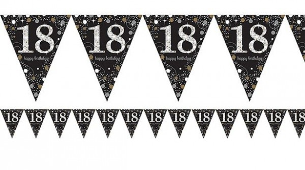 Golden 18th Birthday pennant chain 4m
