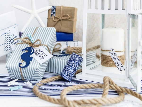 6 maritime gift cards Ahoy with ribbon