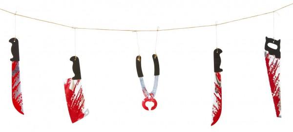 Blutverschmiertes Werkzeug Halloween Girlande 180cm