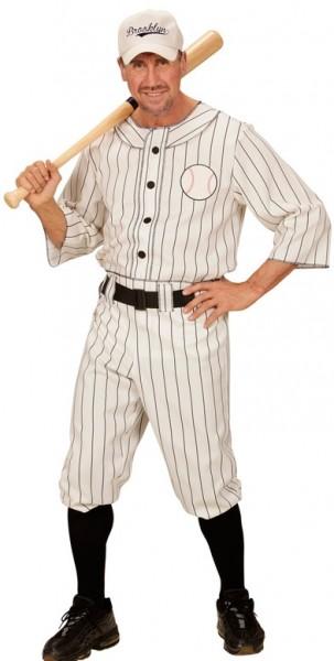Costume da giocatore di baseball con berretto da baseball