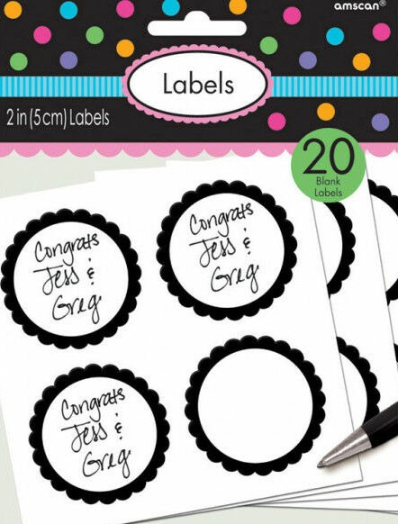 20 etykiet w formie bufetu z czarną obwódką w kwiaty