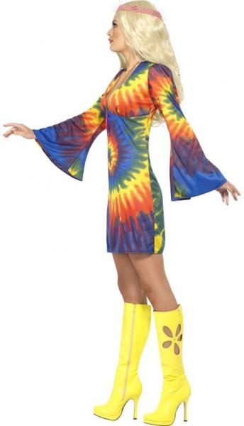 Vestito hippie colorato con maniche a tromba