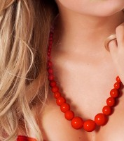 Collier de perles rouges Charlotta