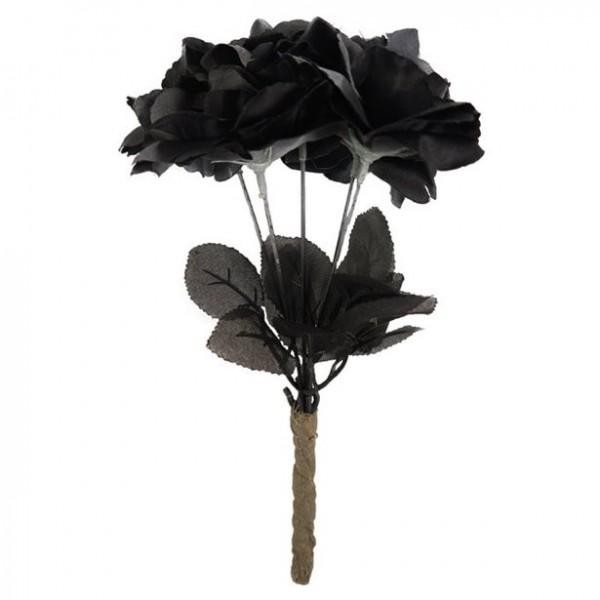 Bukiet czarnych róż w cieniu