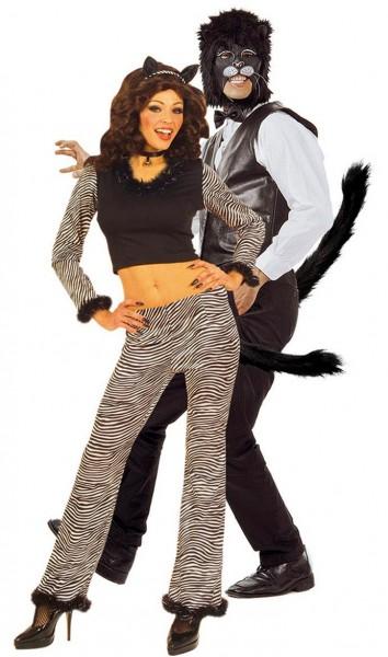 Cola de gato de pelo modelable negro
