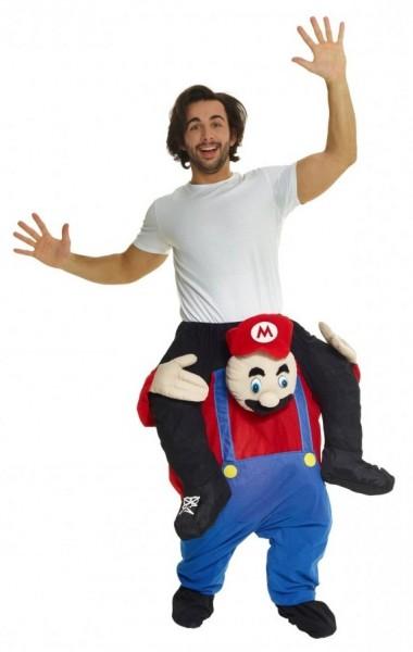 Disfraz de Mario fuerte a cuestas