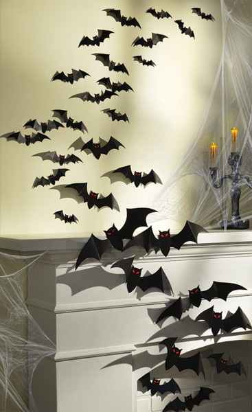 30 Halloween Bat Decorations